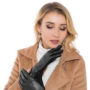 🆕️ Touchscreen Leather Gloves~Black